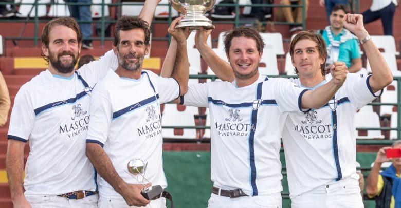 Campeon de la Copa Republica Argentina